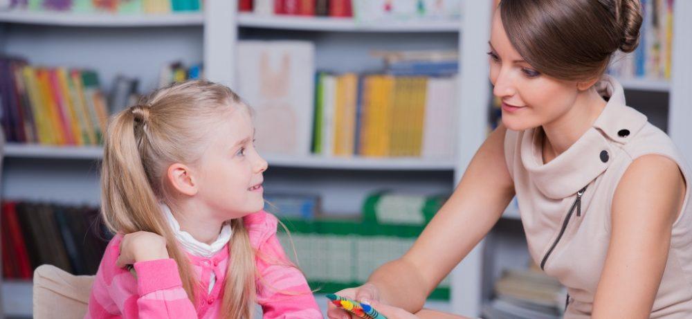 Как правильно воспитать ребенка: 5 советов психолога