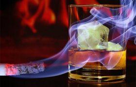 Курение и алкоголизм лучше лечить параллельно