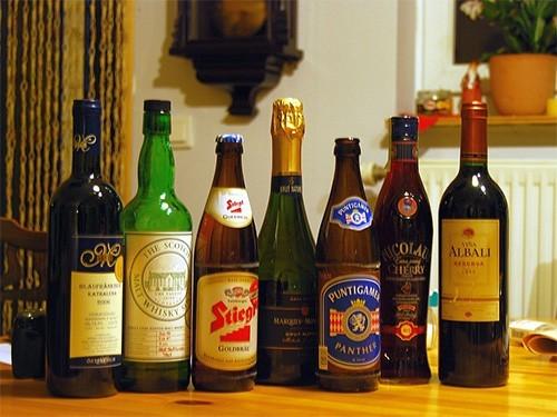 Вызывает ли алкоголь мигрень? Ученые попытались разобраться