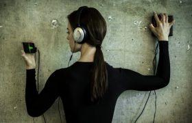 Эпидемия глухоты: ВОЗ принял новый стандарт для MP3-плееров и других аудиоустройств