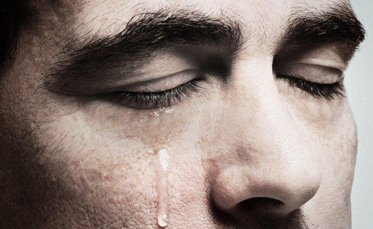 Болезнь Паркинсона выявят по слезам