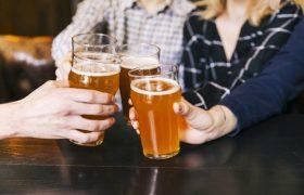 Как алкоголь меняет нашу психику