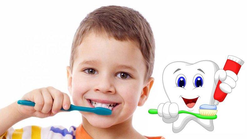 Гигиена полости рта у детей: Как ухаживать за зубами в грудной, ясельный и дошкольный периоды?