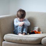 Жертвы воспитания: почему дети не умеют звать на помощь
