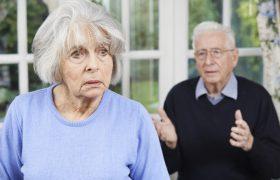 Деменция у пожилого — что делать родственникам