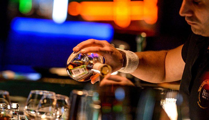 Алкоголь способствует тревожности