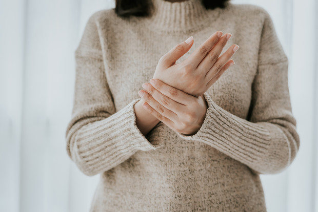 Сигналы тела, которые могут говорить о душевных проблемах