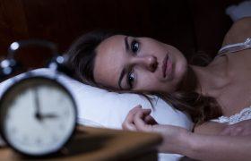 Ученые подтвердили влияние запаха партнера на уровень стресса у женщин