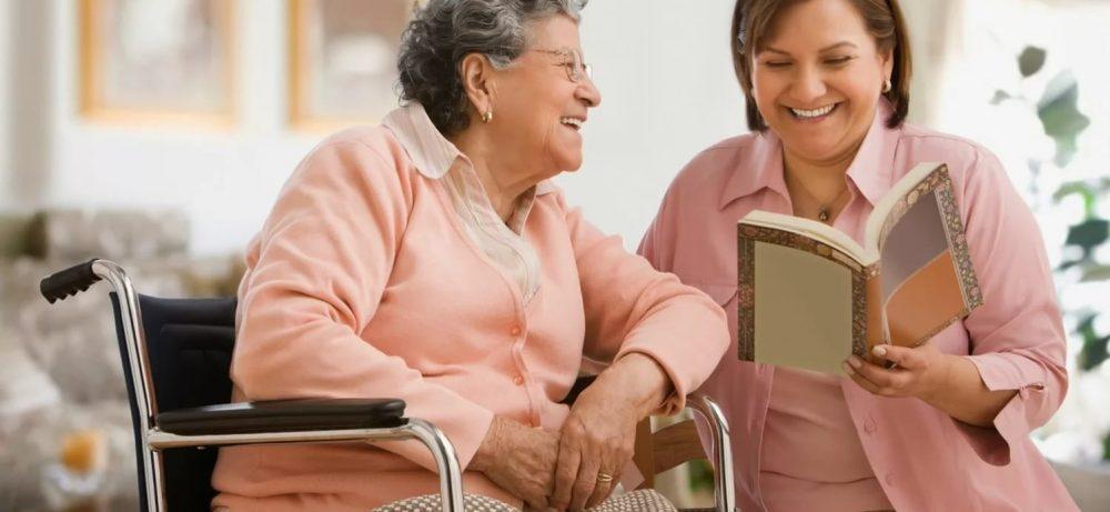 Сиделка с проживанием позаботится о вашем пожилом родственнике