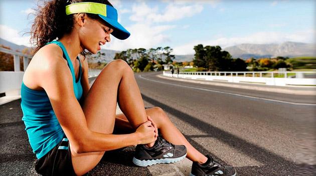 Болят колени: что делать и где искать причины